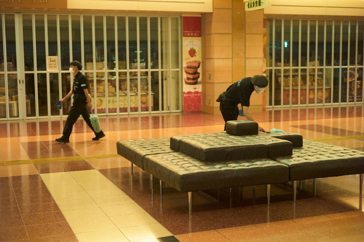 空港に潜む300人の清掃のプロ