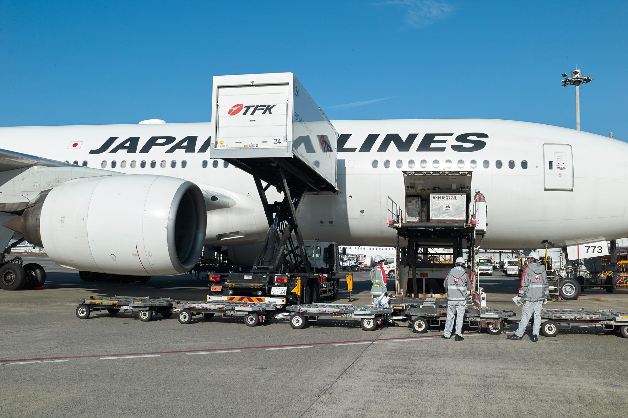 機体到着から次の搭乗まで数十分