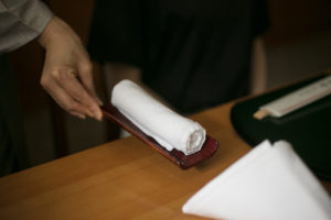 The care that an Oshibori Implies and the Meaning of Chopsticks